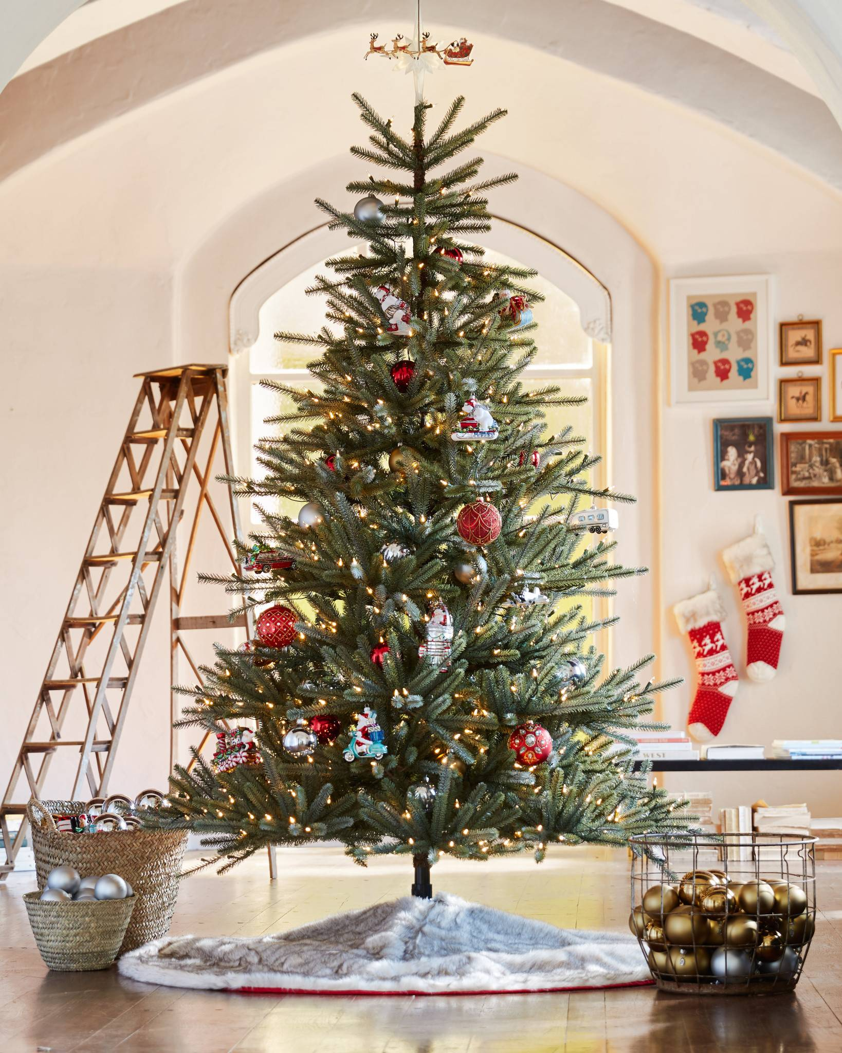 Sparse Christmas Tree Decorating.Weymouth Spruce Artificial Christmas Tree Balsam Hill
