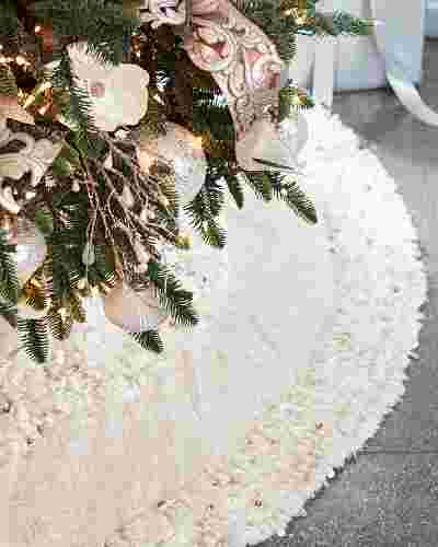 Juliette Fringed Tree Skirt Main Image