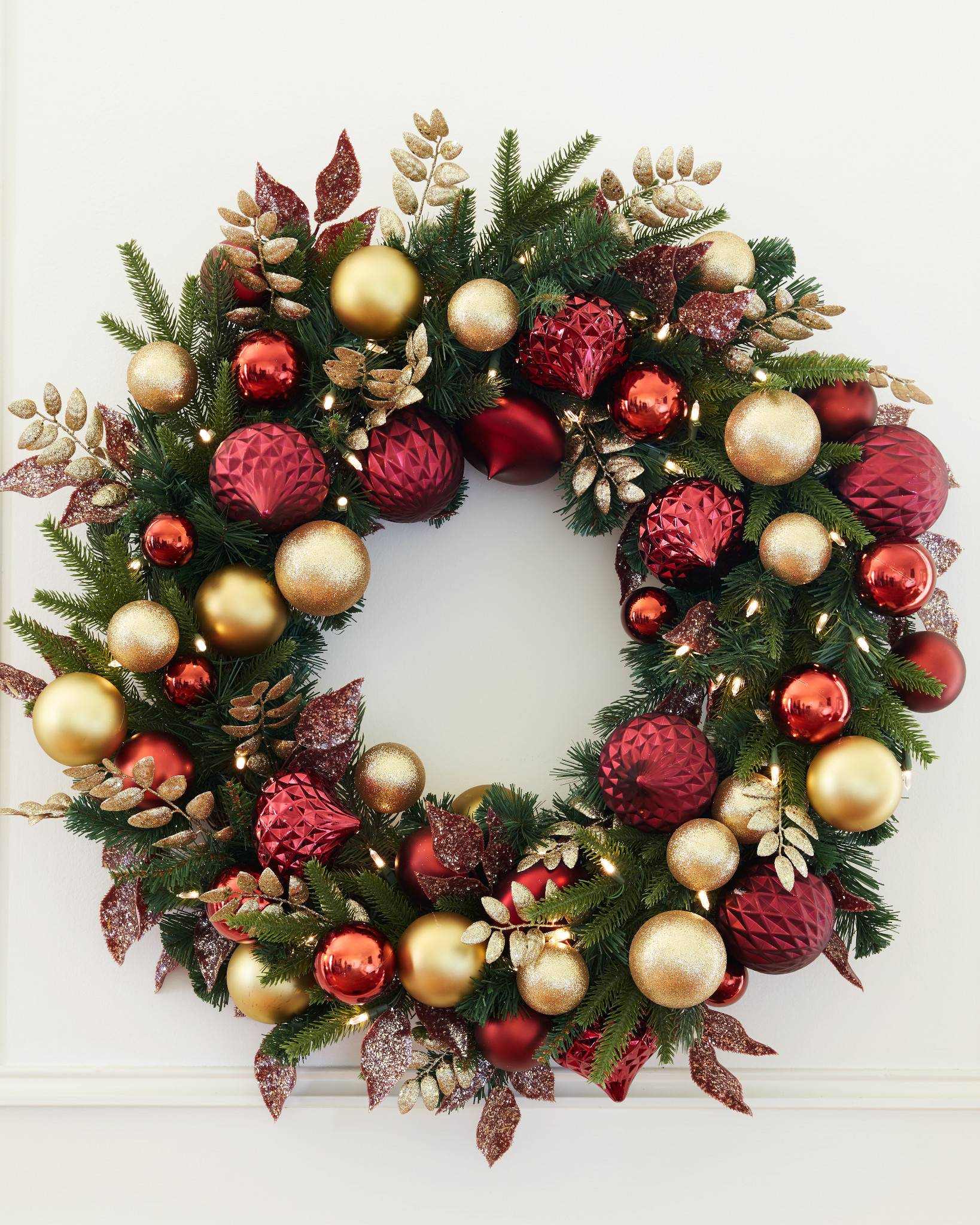 Christmas Grace.Christmas Grace Wreath And Garland Balsam Hill Uk