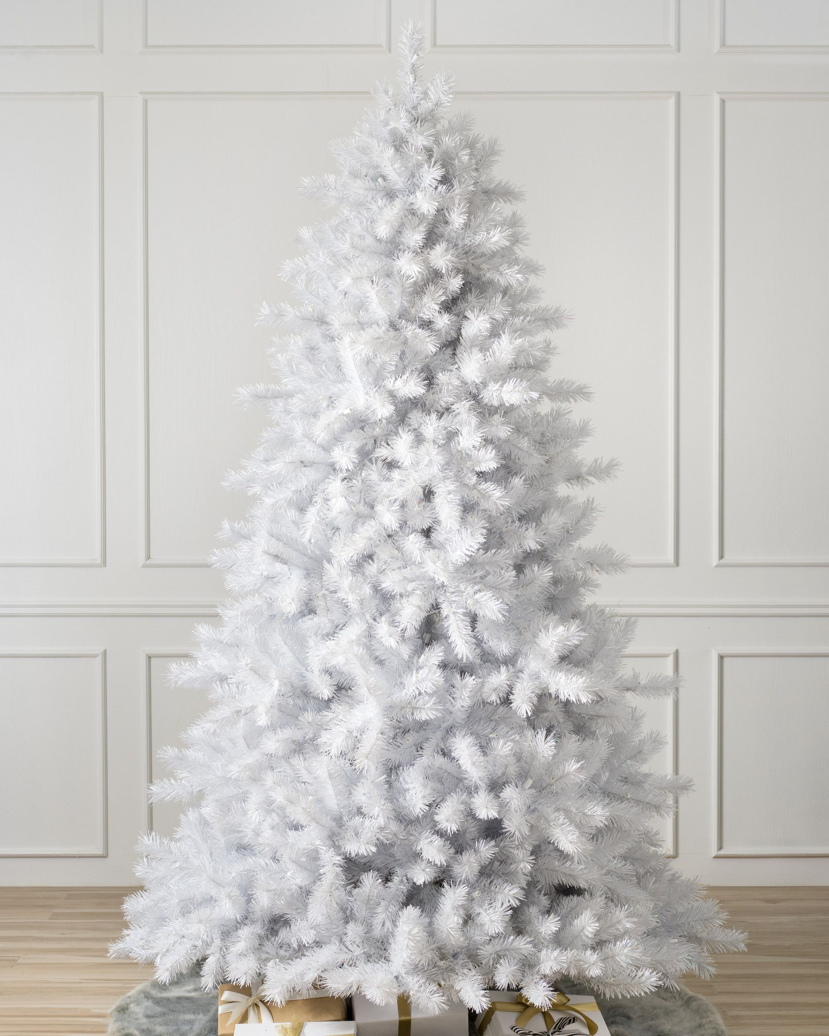 Classic White Christmas Tree Main Image Artificial | Balsam Hill