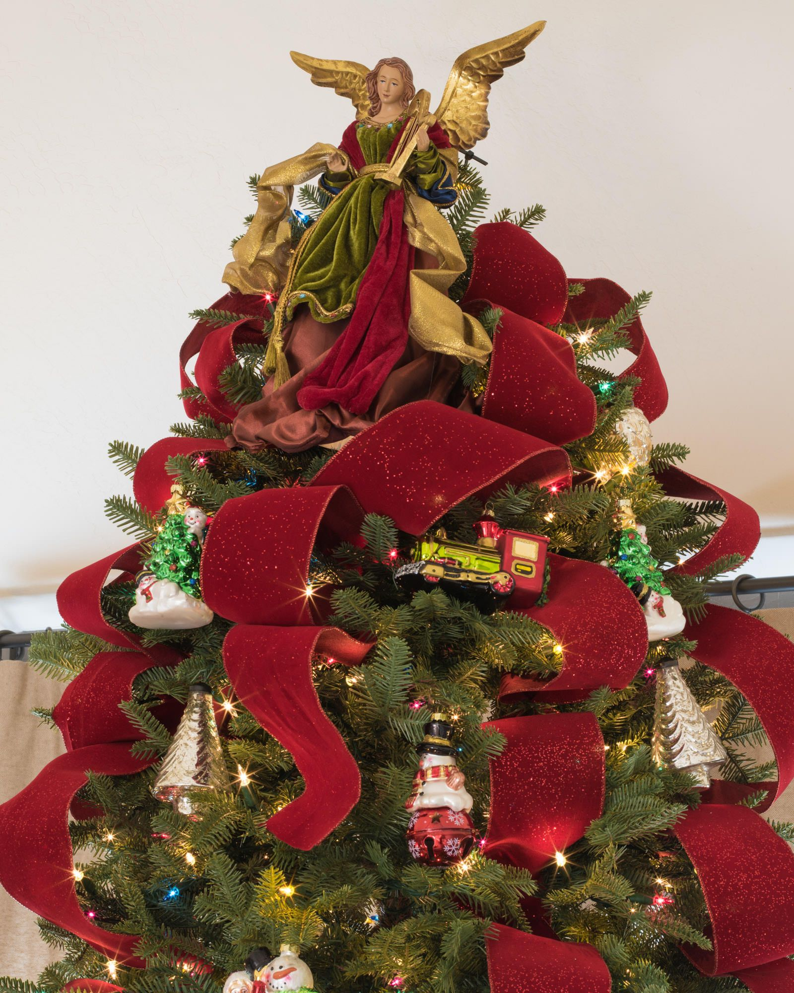 Christmas Angel Tree Topper | Balsam Hill