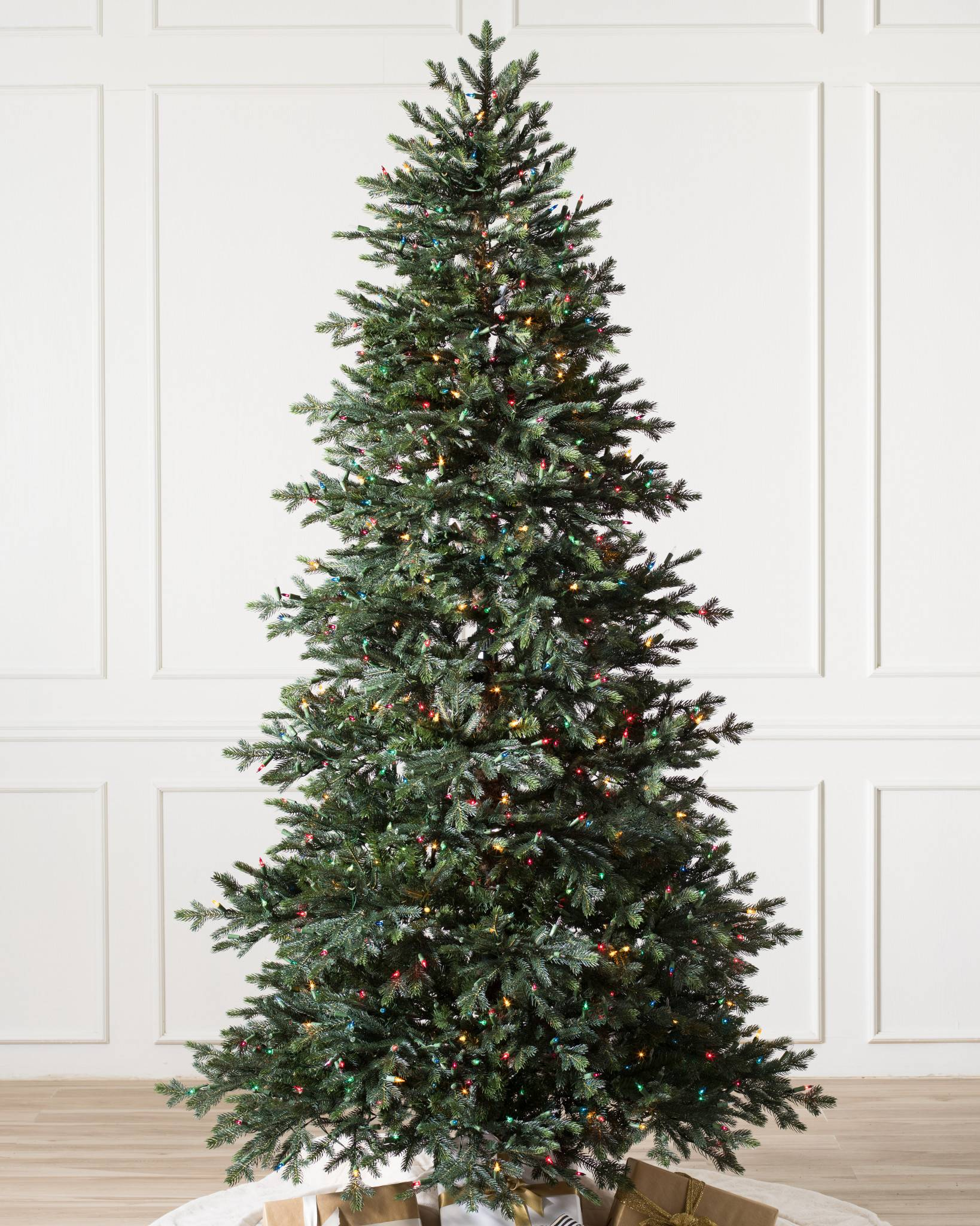 Pre Lit Christmas Tree That Puts Itself Up.Norway Spruce Artificial Christmas Tree Balsam Hill