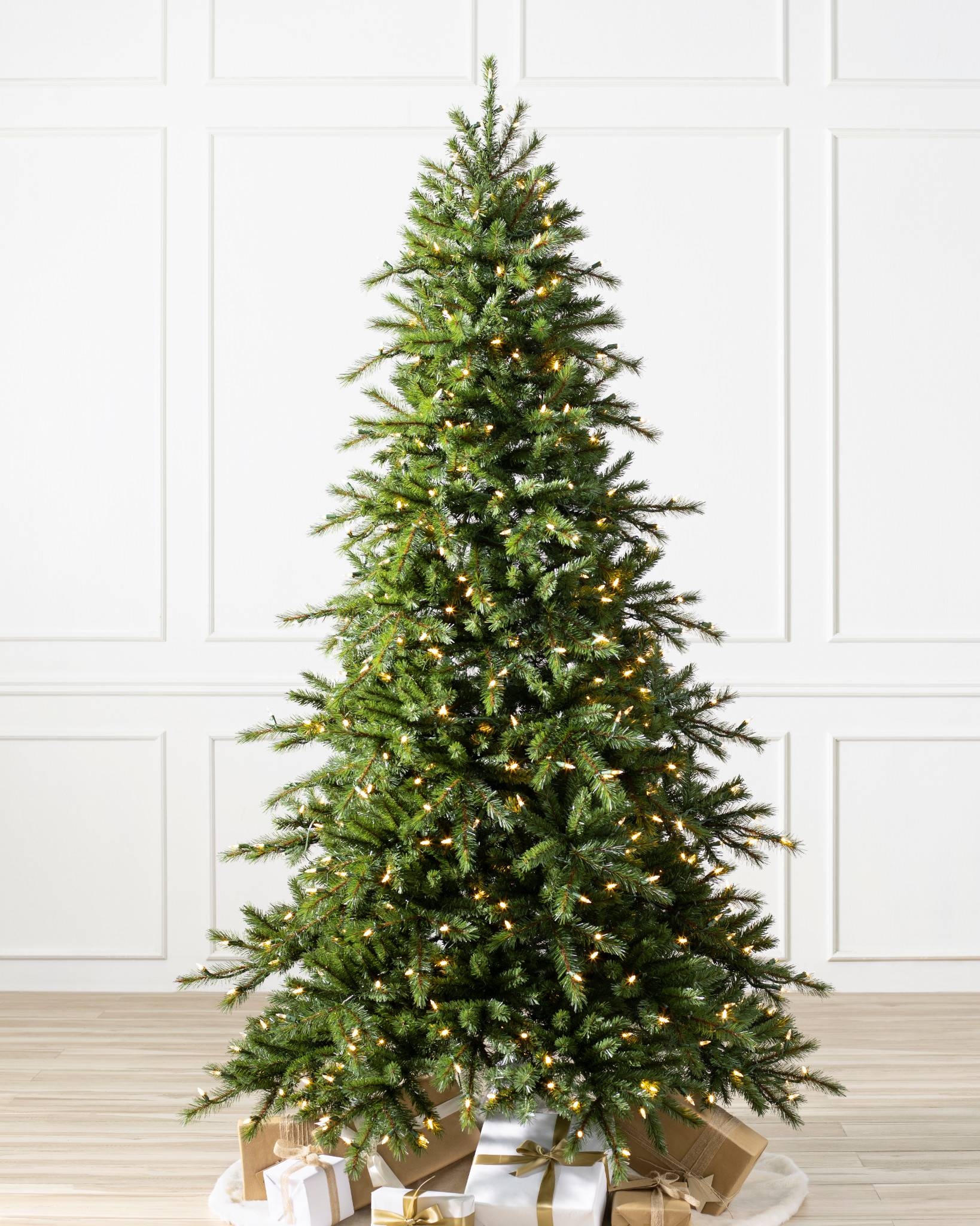 Norwegian Grand Fir Artificial Christmas Tree | Balsam Hill