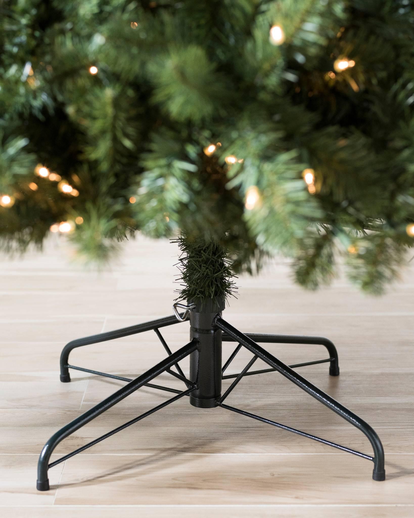 Aberdeen Spruce Artificial Christmas Tree | Balsam Hill