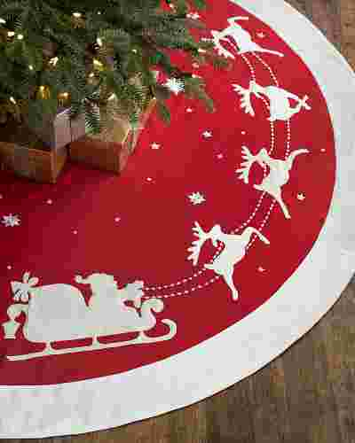 Dashing Through the Snow Tree Skirt Main