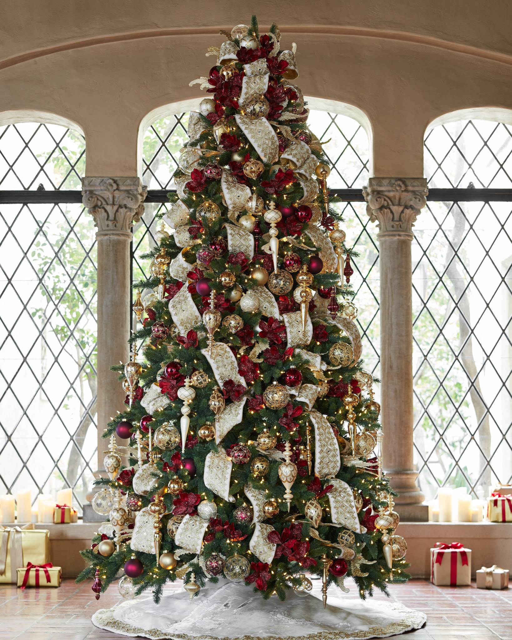 ... Biltmore Legacy Ornament Set by Balsam Hill