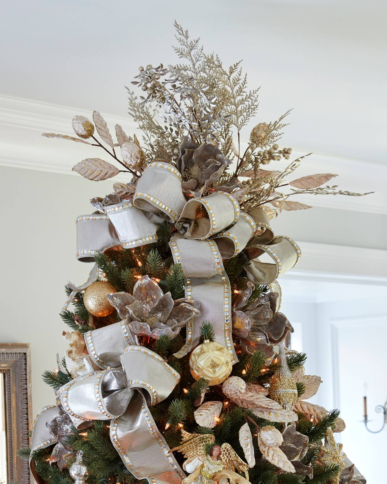 Christmas Bouquet Tree Topper By Balsam Hill