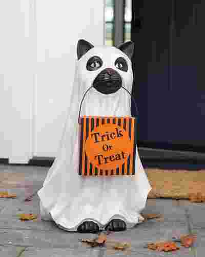 Outdoor Trick or Treat Cat by Balsam Hill