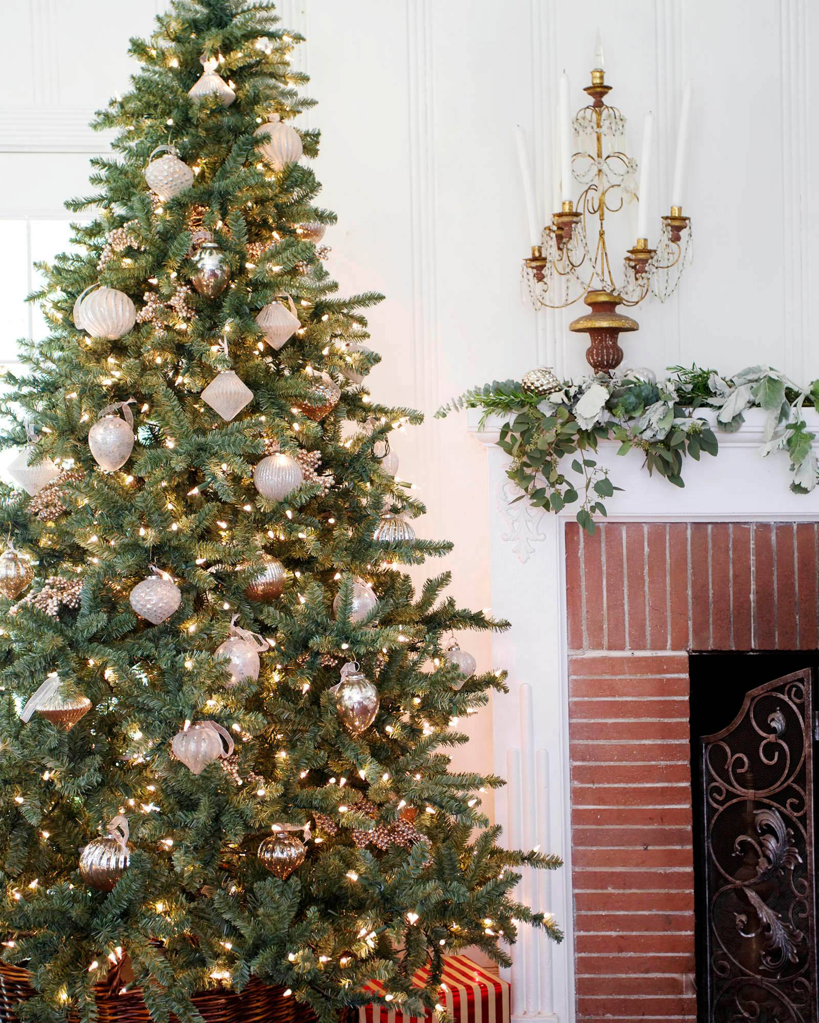 6c3a031ab058 ... Balsam Hill Classic Blue Spruce Tree-5 ...