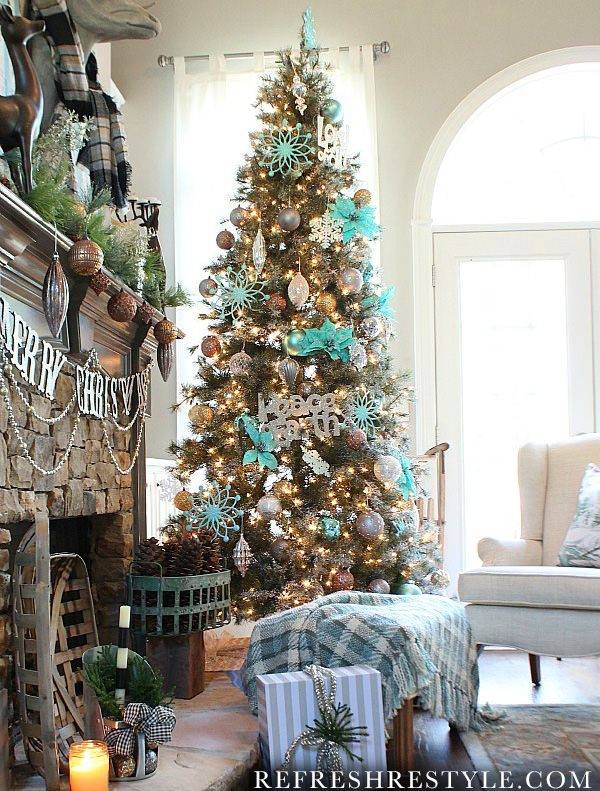 Frosted Sugar Pine Artificial Christmas Trees | Balsam Hill