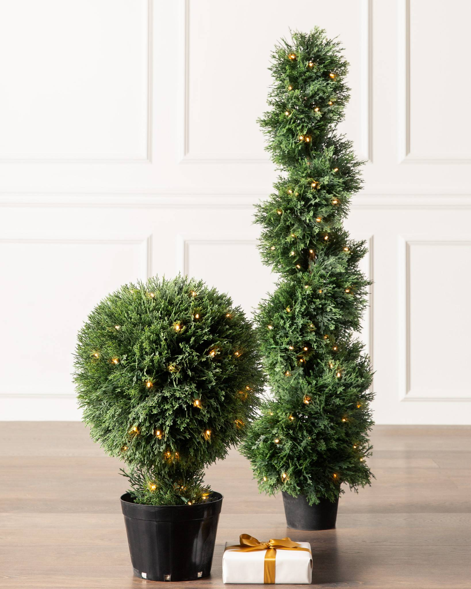 Outdoor LED Cypress Topiary