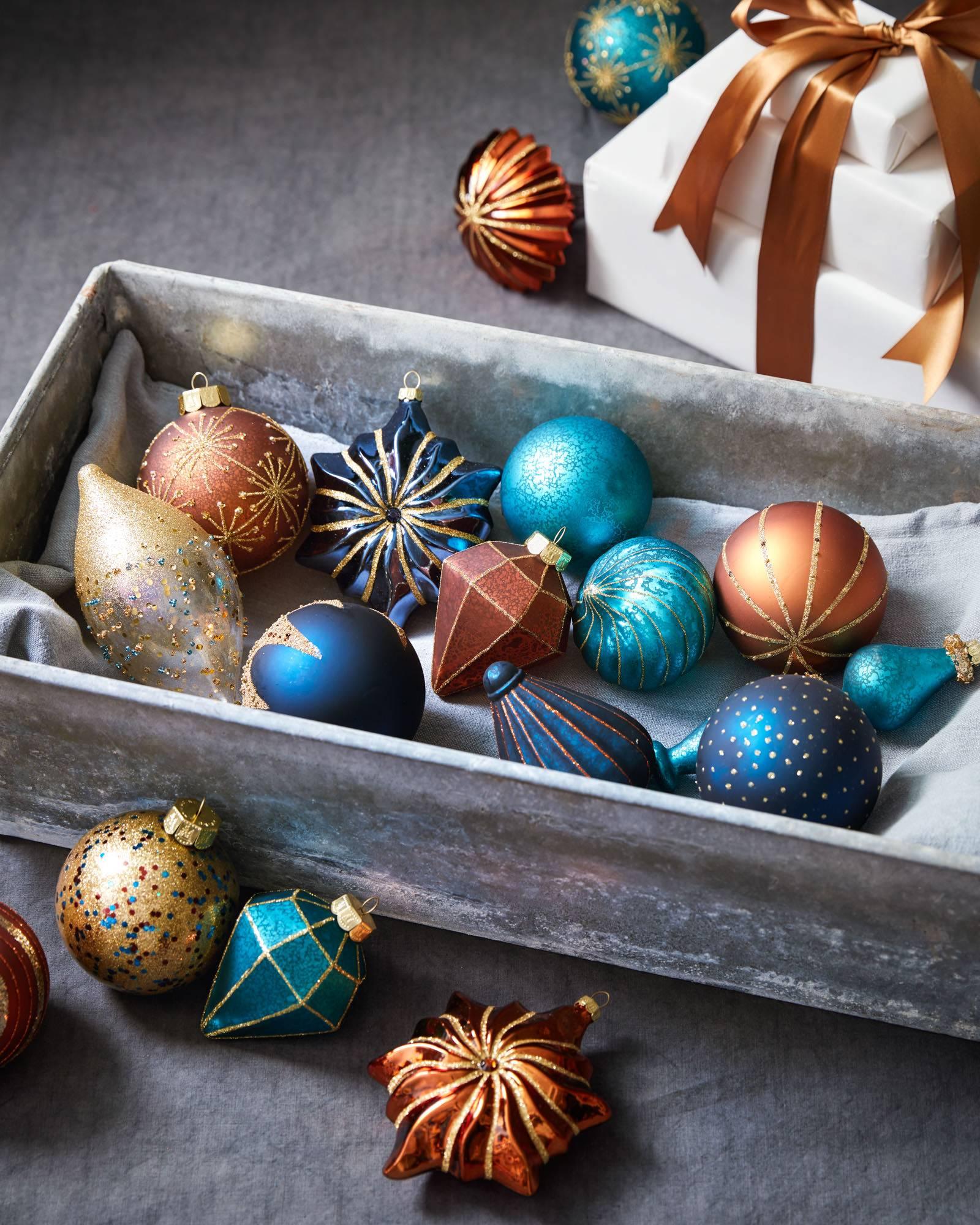 georgetown ornament set 35 pieces alt