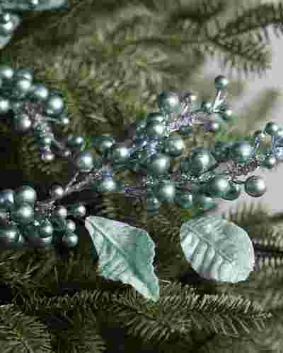 Frozen Berry Picks, Set of 12 by Balsam Hill SSC 10