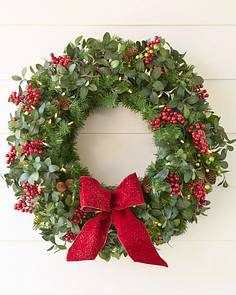 bay laurel with mixed berries - Christmas Wreaths With Lights